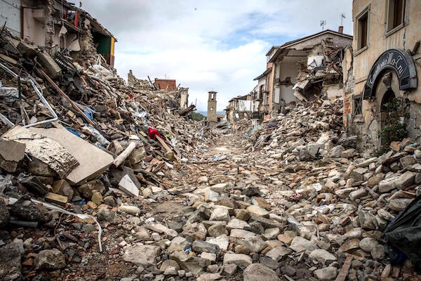 ILICA-Instituto-Longoria-de-Investigacion-Cientifica-Aplicada-Cursos-de-Geologia_Desastres-Naturales_v001