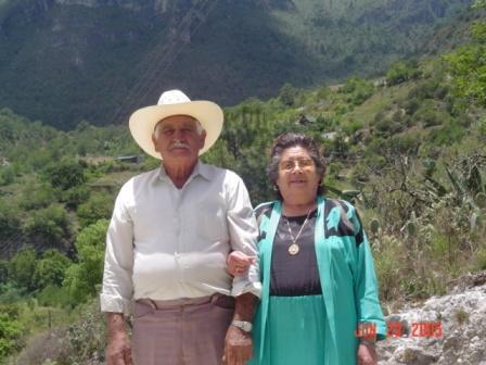 Laguna de Sánchez, Don Pepe y Doña Chelo